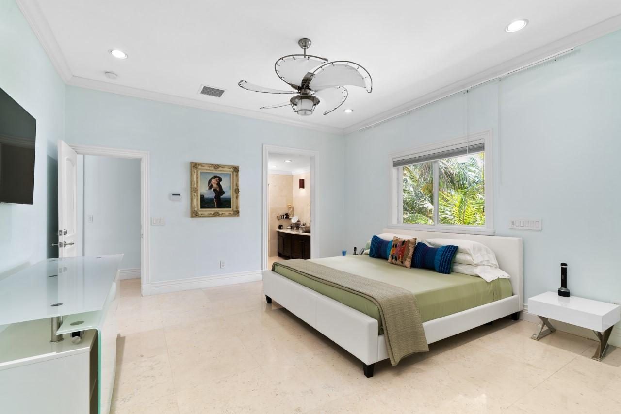 Luxury Bimini Beachfront Home