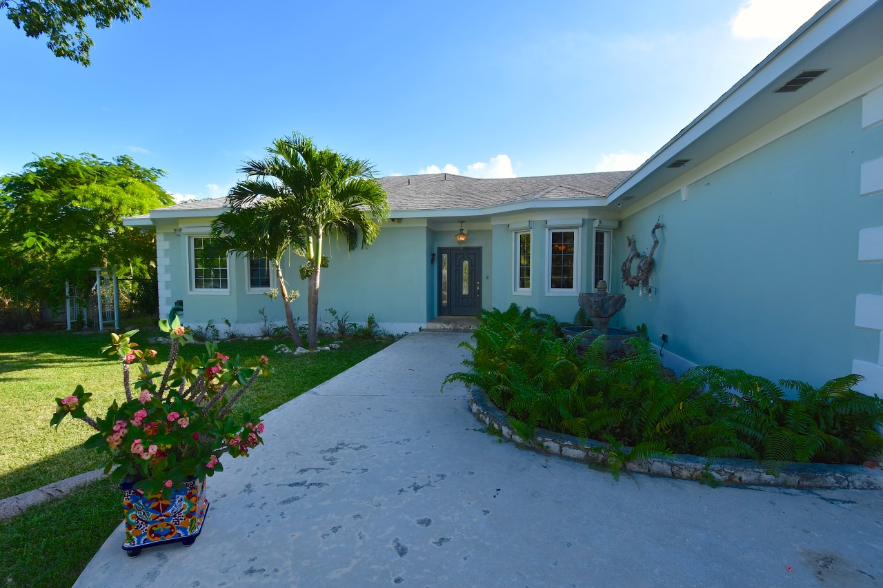 Home in Nassau For Sale