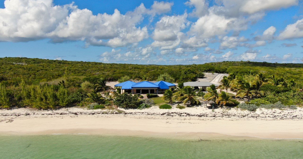 Beachfront Home Bahamas