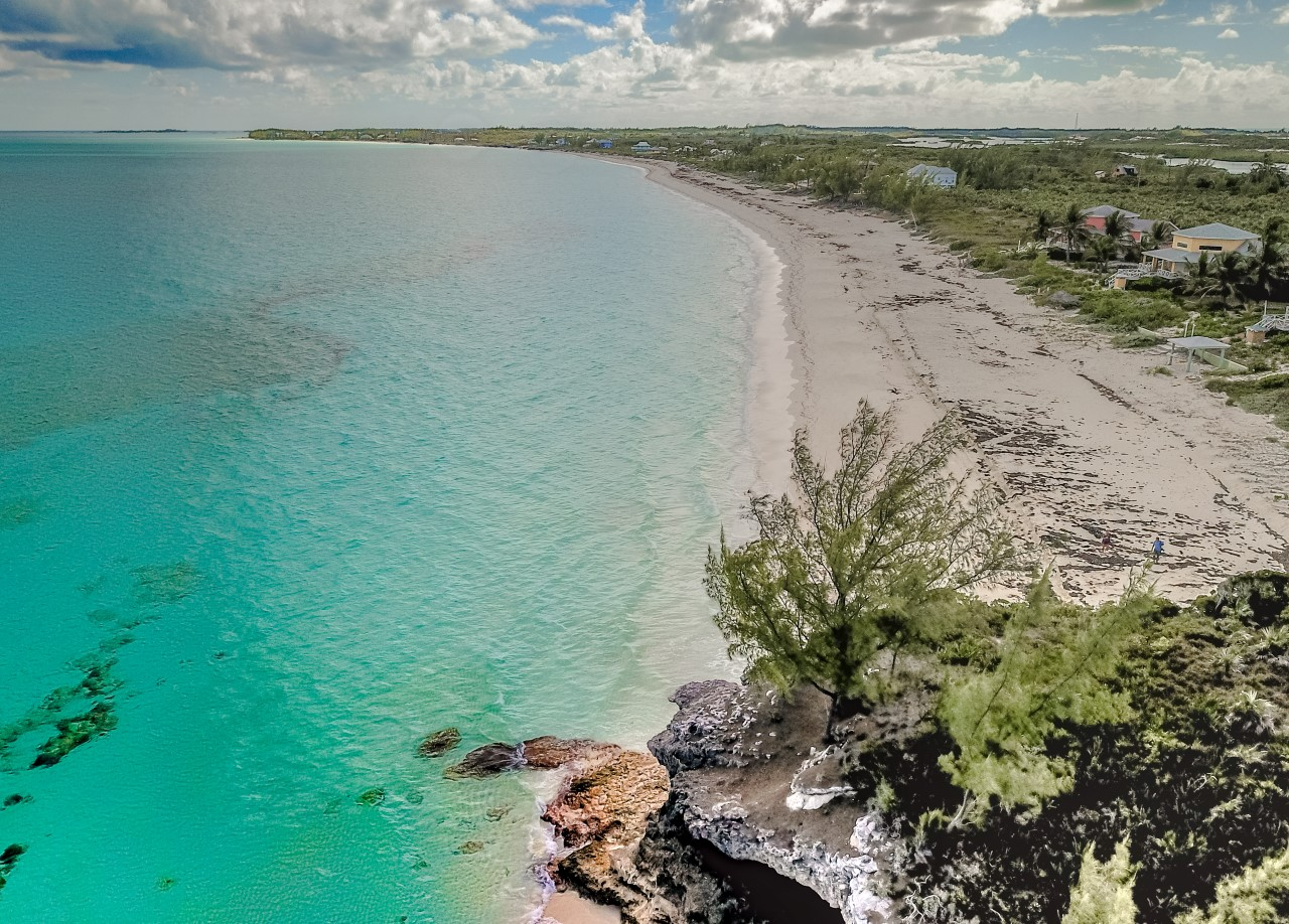 Beachfront Real Estate For Sale in The Berrry islands, Bahamasa