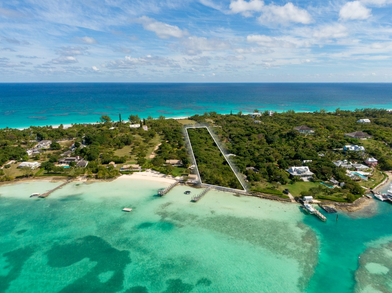 /listing-narrows-harbour-acreage-with-dock-28004.html from Coldwell Banker Bahamas Real Estate