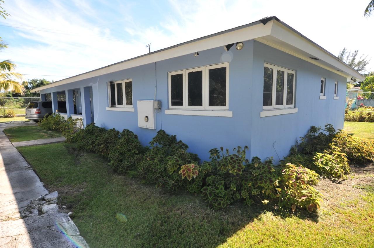 /listing-7-season-st-prince-charles-drive-28005.html from Coldwell Banker Bahamas Real Estate