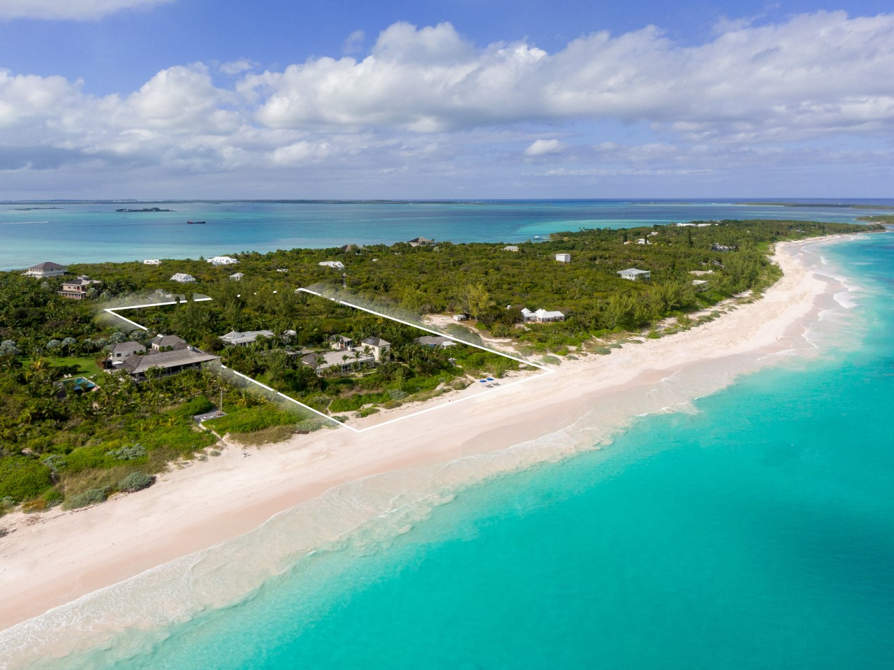 /listing-reef-point-harbour-island-28013.html from Coldwell Banker Bahamas Real Estate