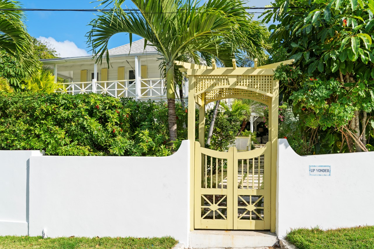 Harbour island Historic Home For Sale