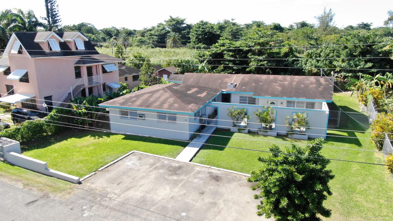 /listing-pending-stapledon-gardens-triplex-28017.html from Coldwell Banker Bahamas Real Estate