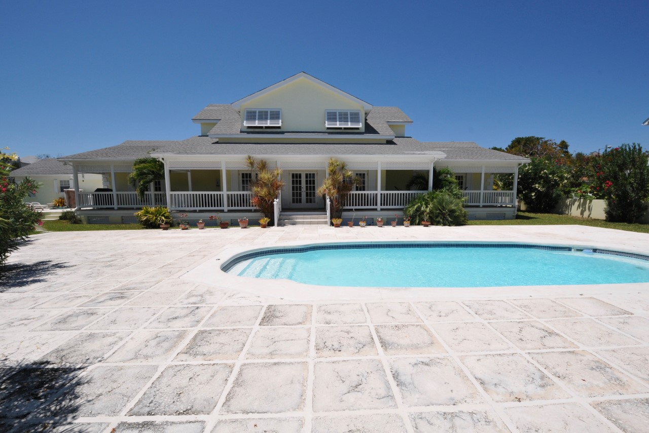 Bahamas Waterfront Home