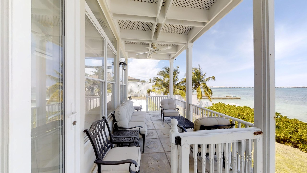 Beachfront Home in Nassau for sale