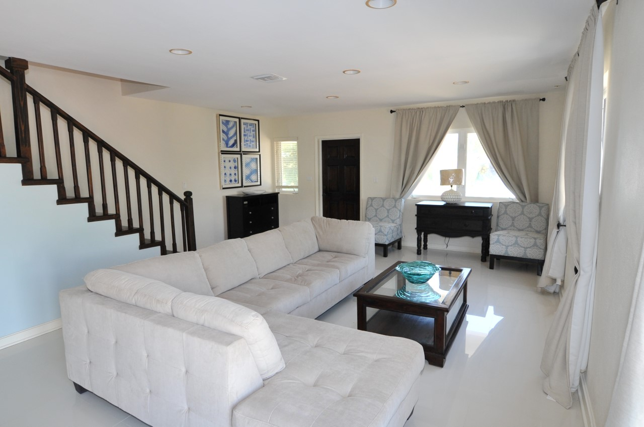Apartment Rental in Nassau fully furnished