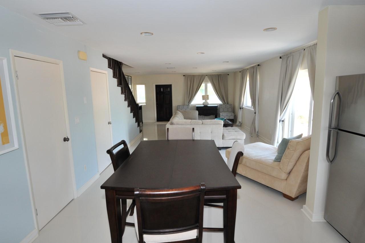 Rental in Nassau with ocean views