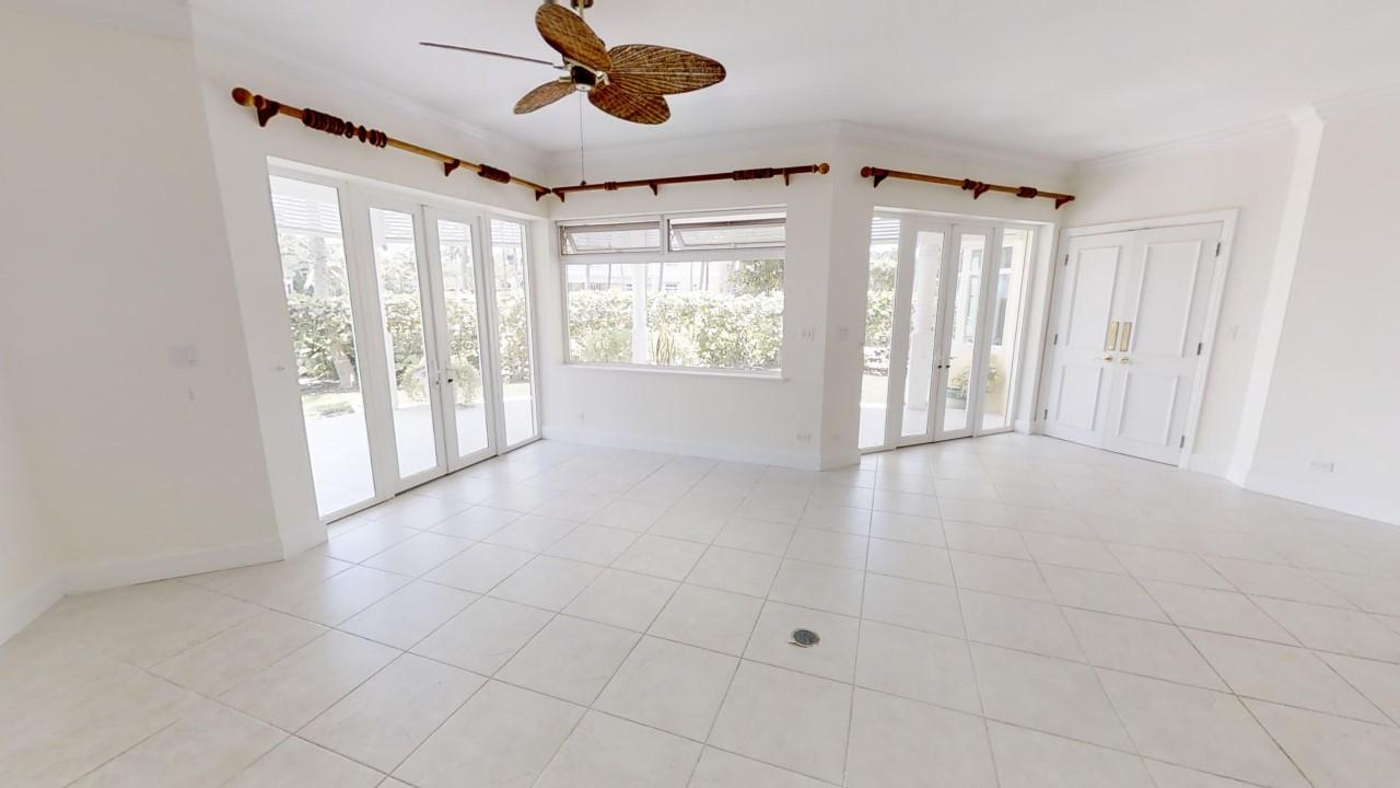 Cable Beach Beachfront Condo For Sale, Bayroc