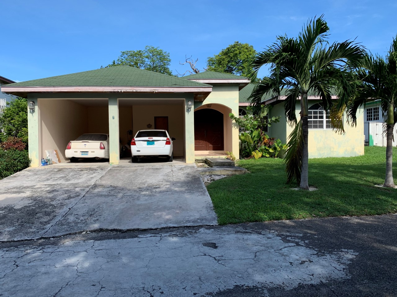 /listing-eastwood-estates-lot-277-31118.html from Coldwell Banker Bahamas Real Estate