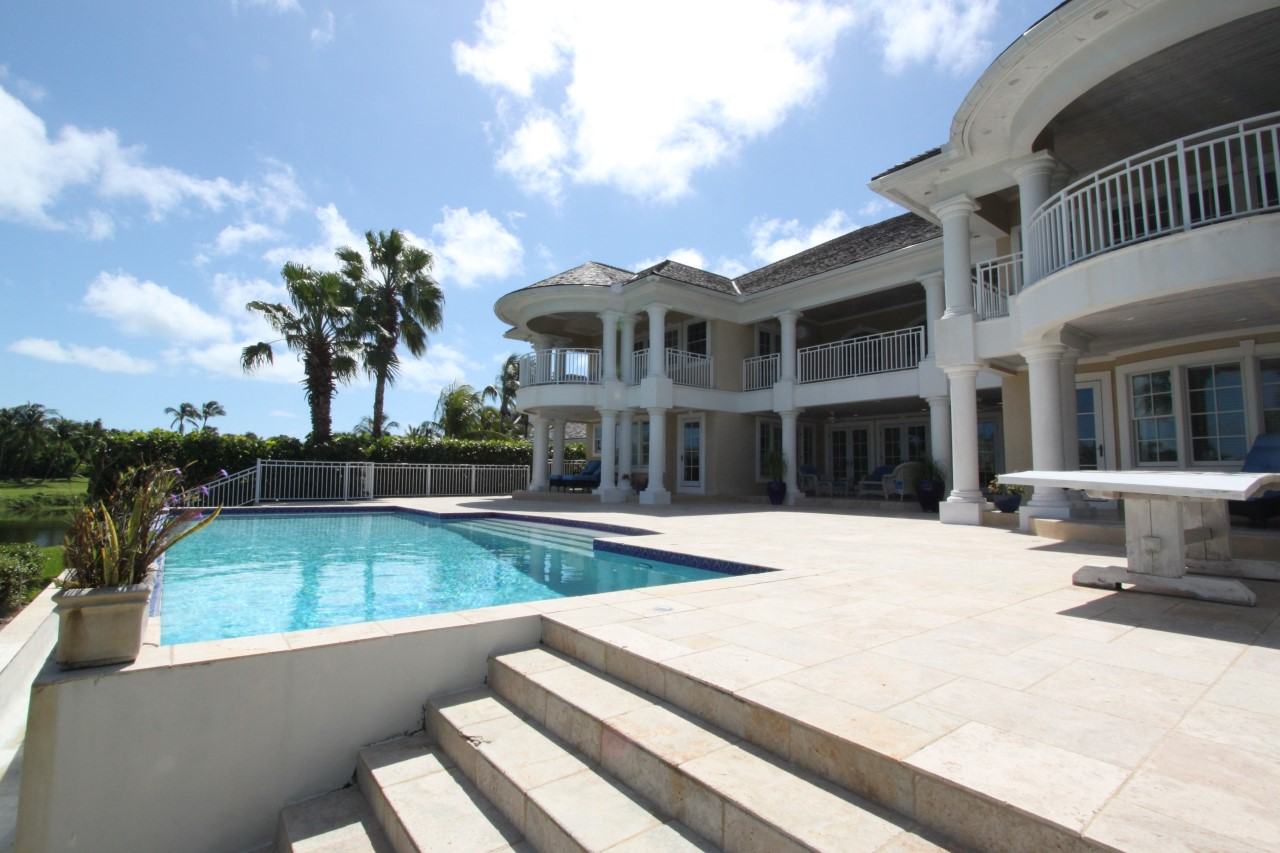 Bahamas Real Estate on Paradise Island For Sale - ID 31499