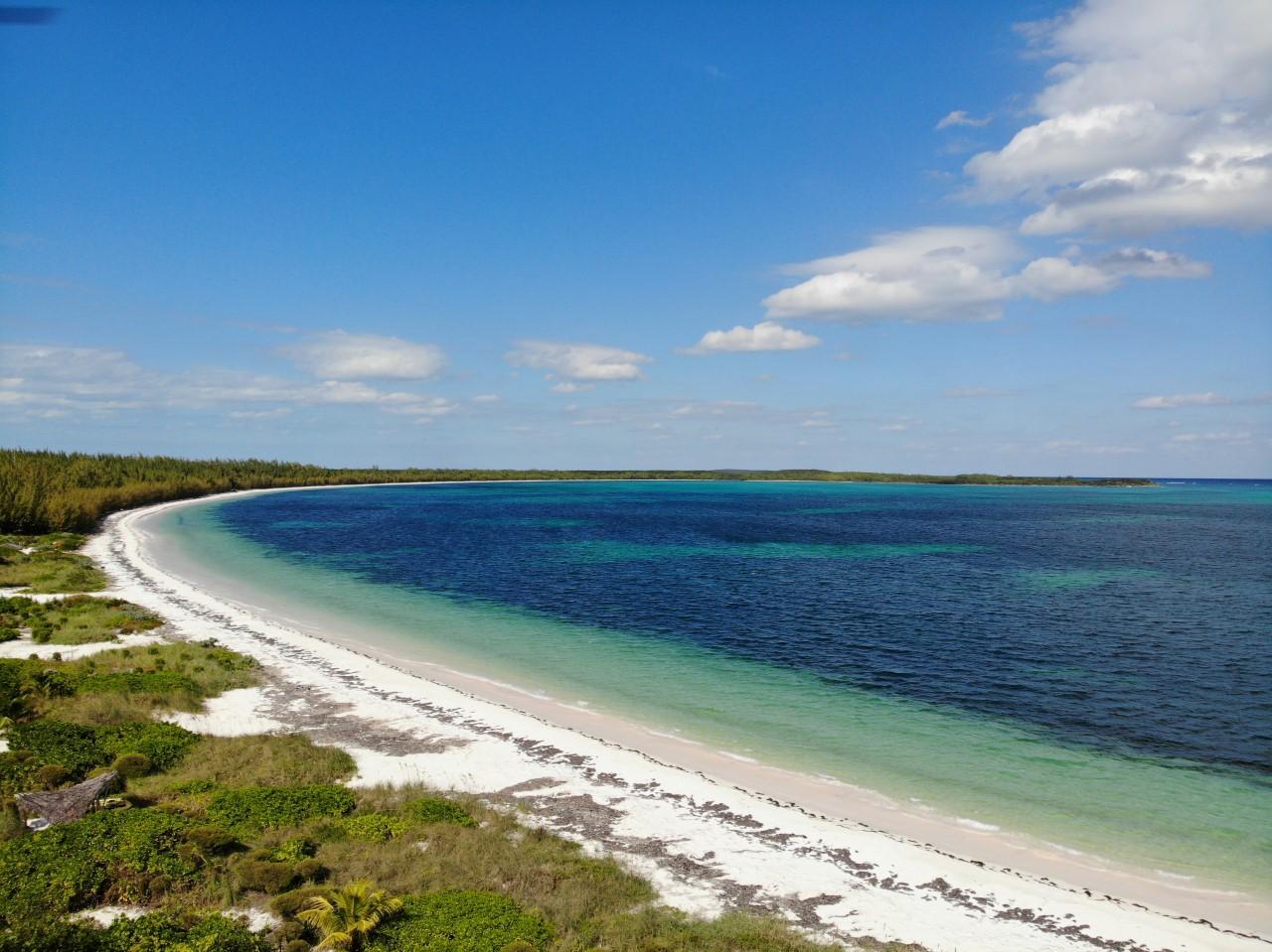 Beachfront Home Winding Bay
