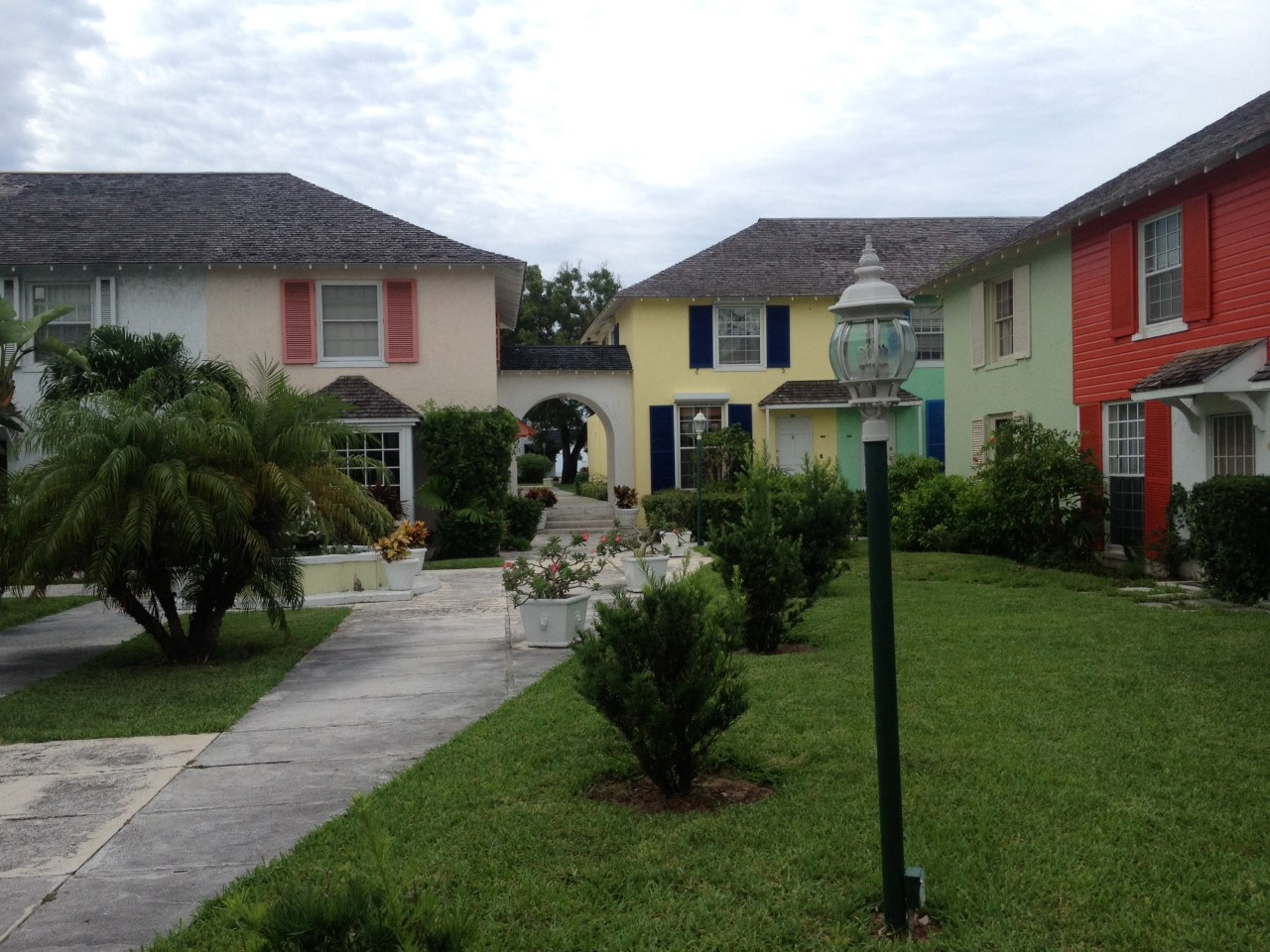 /listing-harbour-mews-unit-41-32391.html from Coldwell Banker Bahamas Real Estate