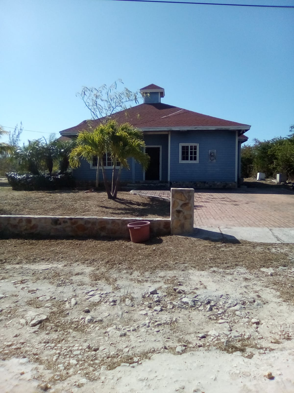/listing-pending-repossessed-home-back-on-the-market-turnkey-home-bahama-sound-12-3249.html from Coldwell Banker Bahamas Real Estate