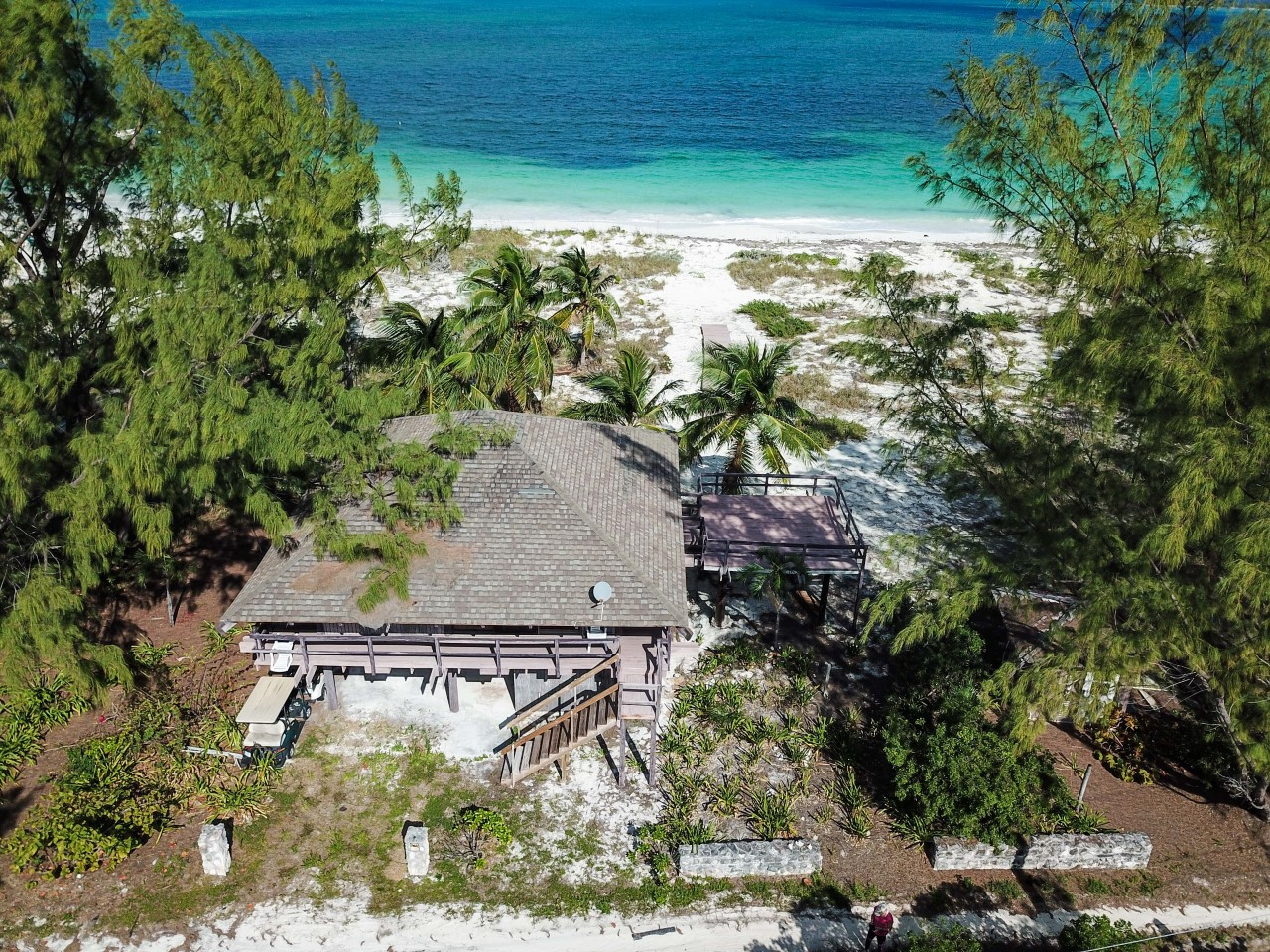/listing-great-harbour-cay-lots-21-23-28-29-block-86-32679.html from Coldwell Banker Bahamas Real Estate