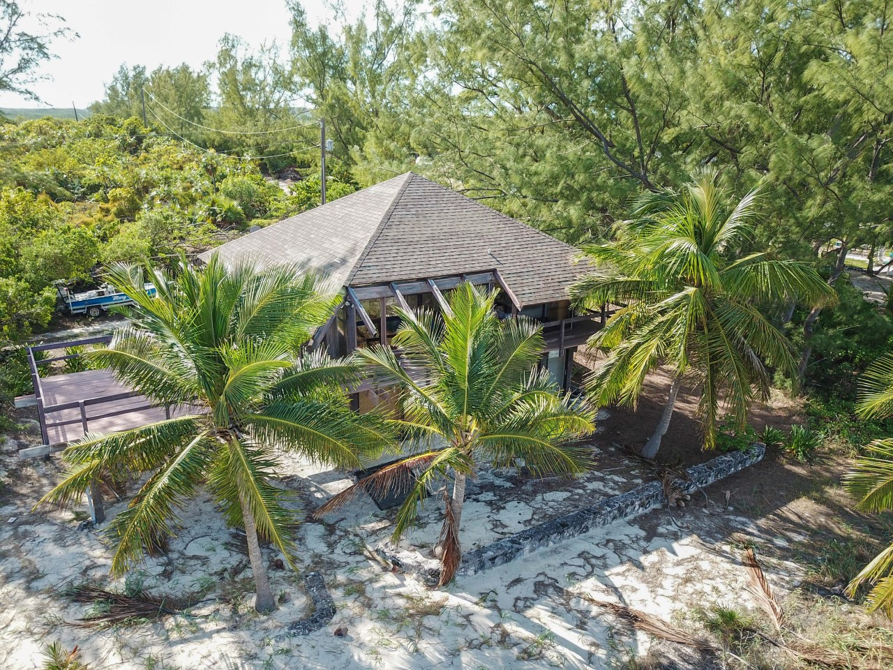 Beachfront Home Great Harbour Cay
