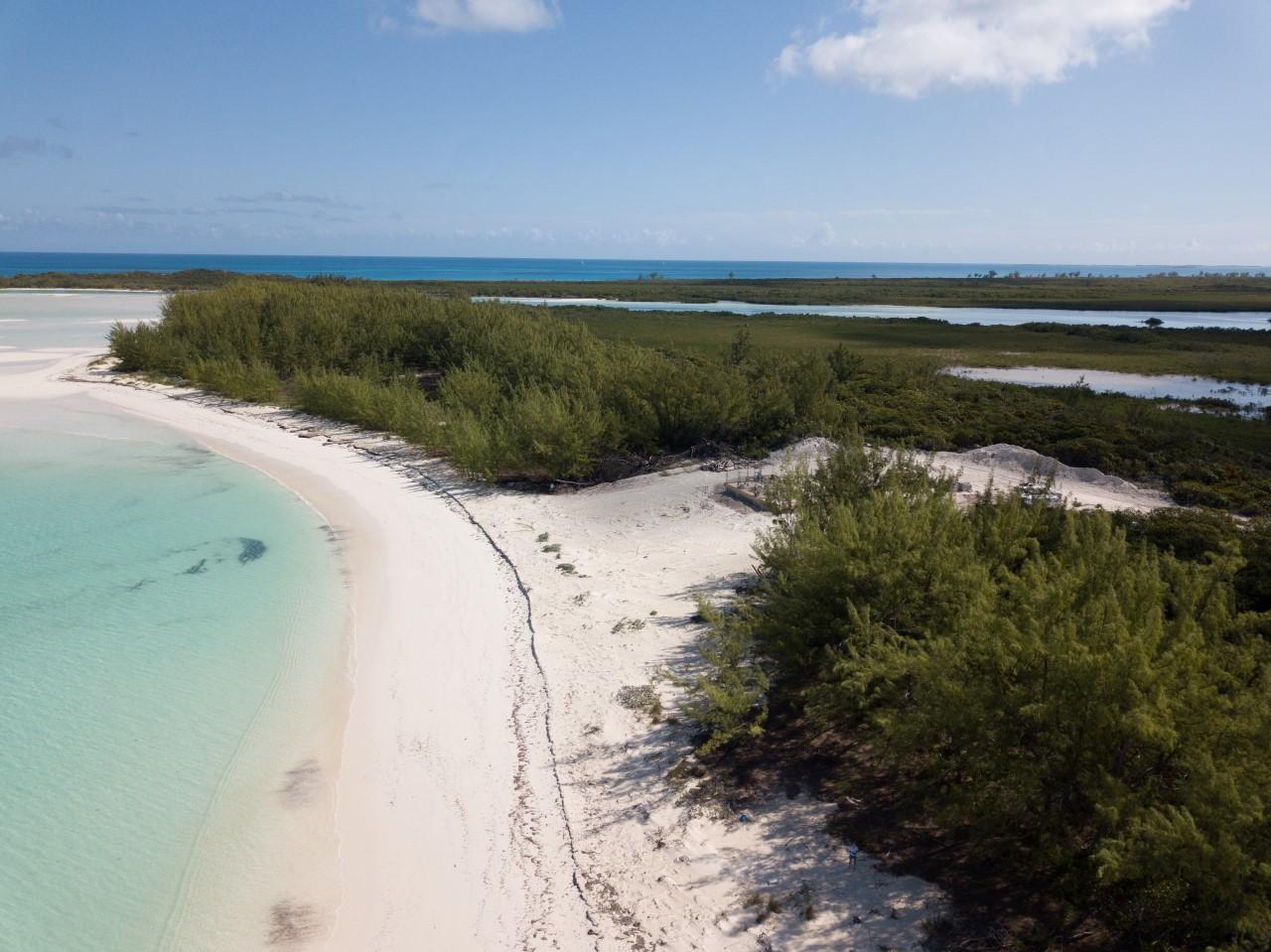 Berry Islands beachfront lot