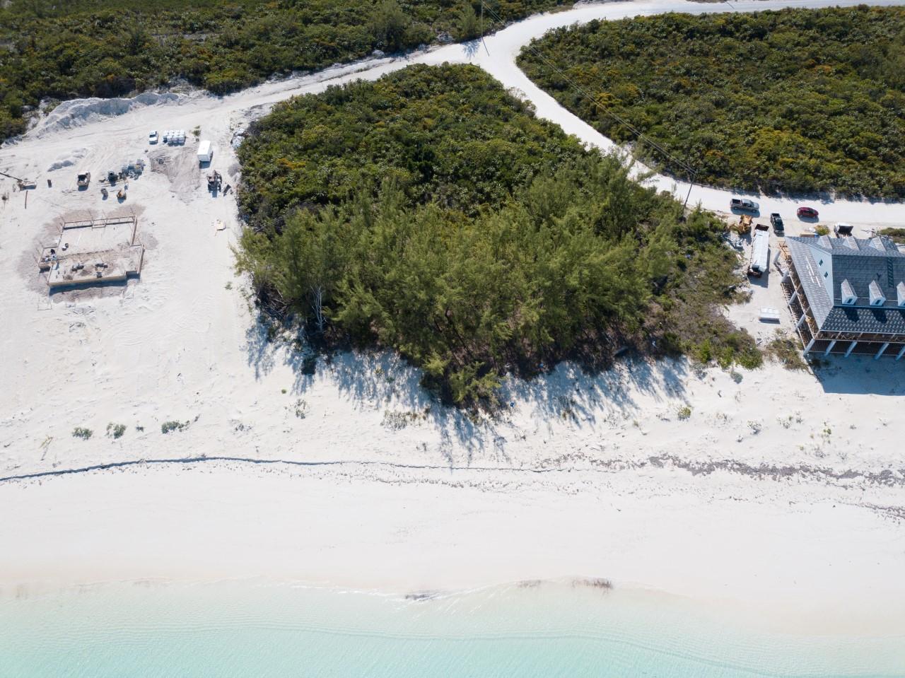 Berry Islands beach access lot