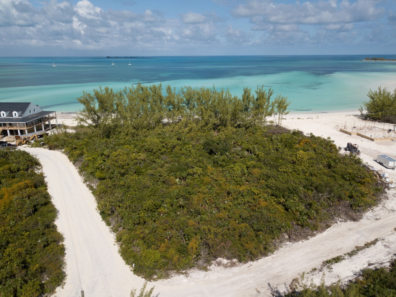 /listing-beach-access-lot-great-harbour-cay-32899.html from Coldwell Banker Bahamas Real Estate