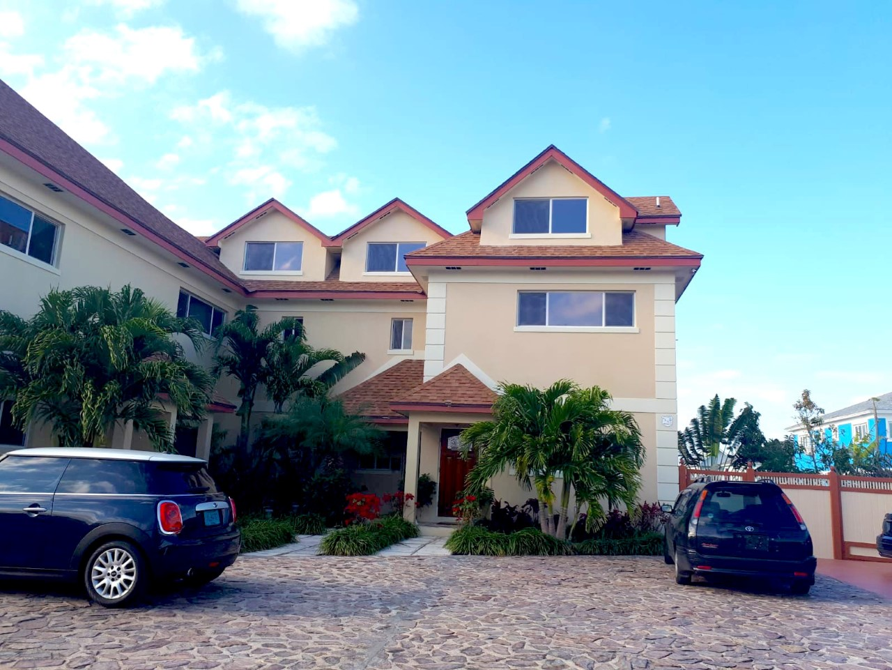 /listing-townhouse-rental-in-west-winds-33141.html from Coldwell Banker Bahamas Real Estate