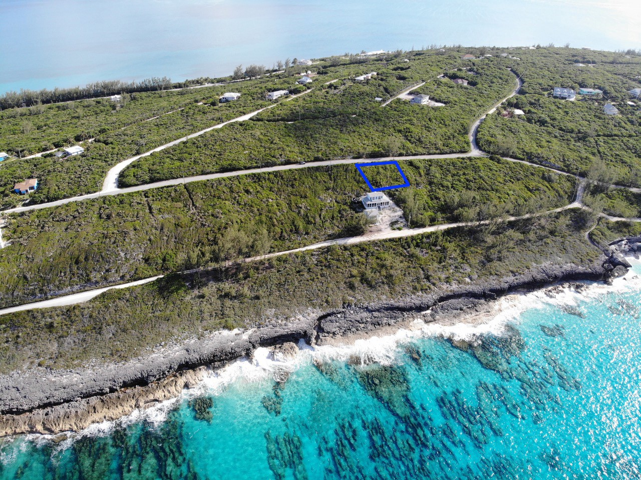 /listing-rainbow-bay-lot-40-block-8-34018.html from Coldwell Banker Bahamas Real Estate