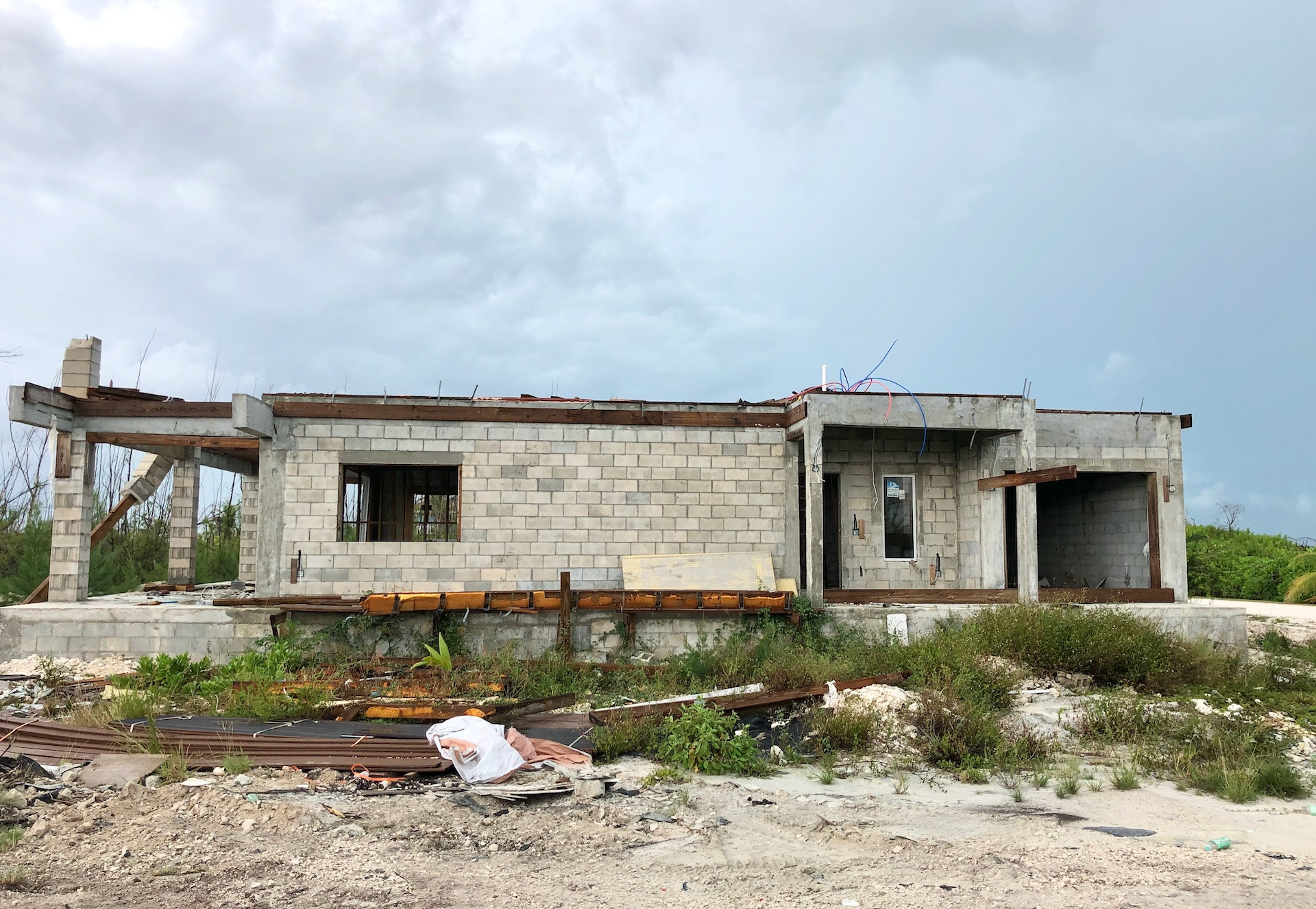 /listing-leisure-lee-single-family-bahamian-home-34638.html from Coldwell Banker Bahamas Real Estate