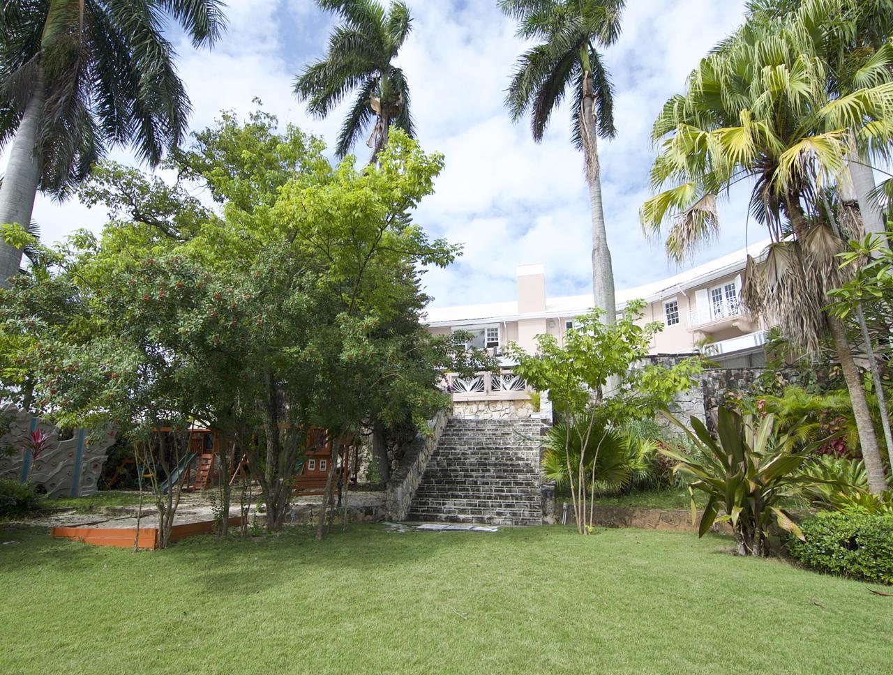 Nassau Gated Community Townhome Balmoral