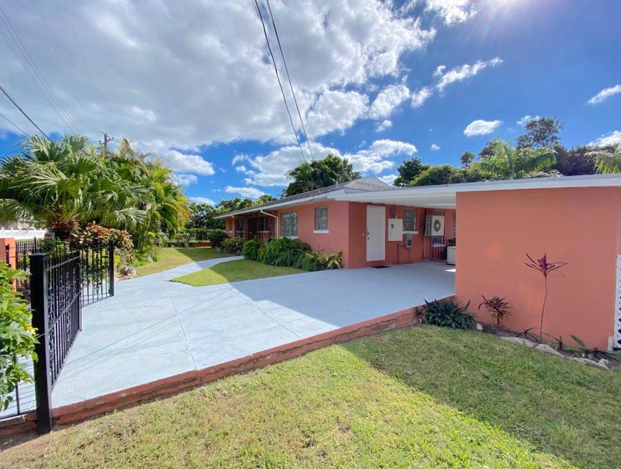 Nassau Home with Pool For Sale