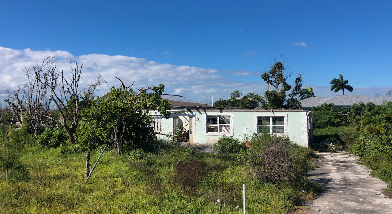 /listing-fixer-upper-cove-estates-marsh-harbour-35744.html from Coldwell Banker Bahamas Real Estate