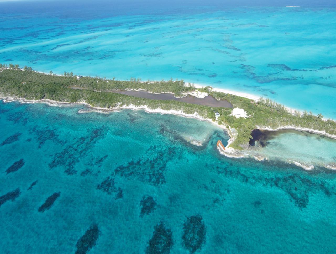 Rose.Island.Acreage.Beachfront.Bahamas