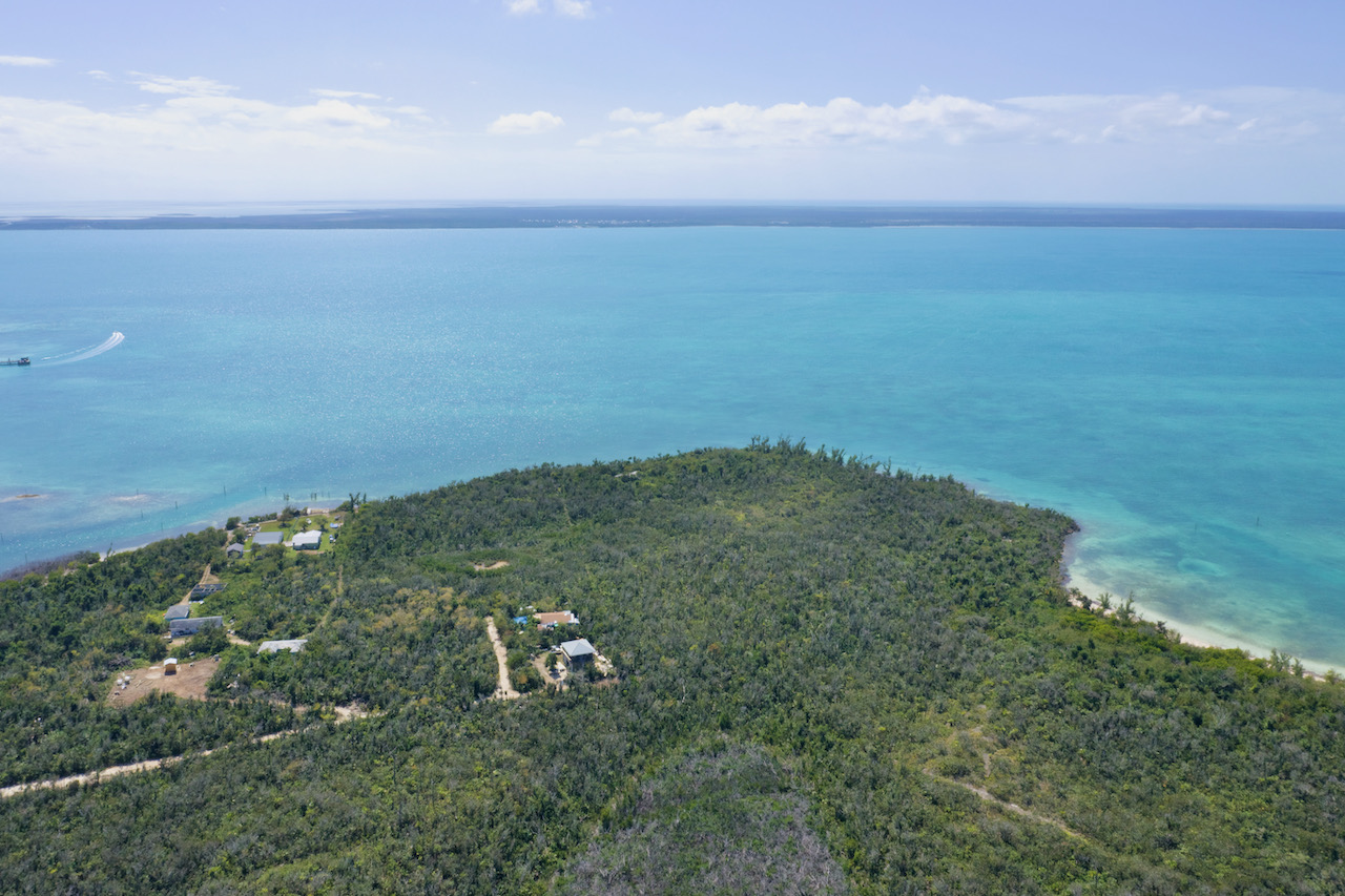 seafront-lot-new-town-green-turtle-cay-abaco-2