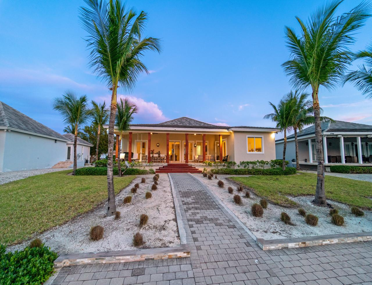 /listing-bimini-canal-front-home-for-sale-36753.html from Coldwell Banker Bahamas Real Estate