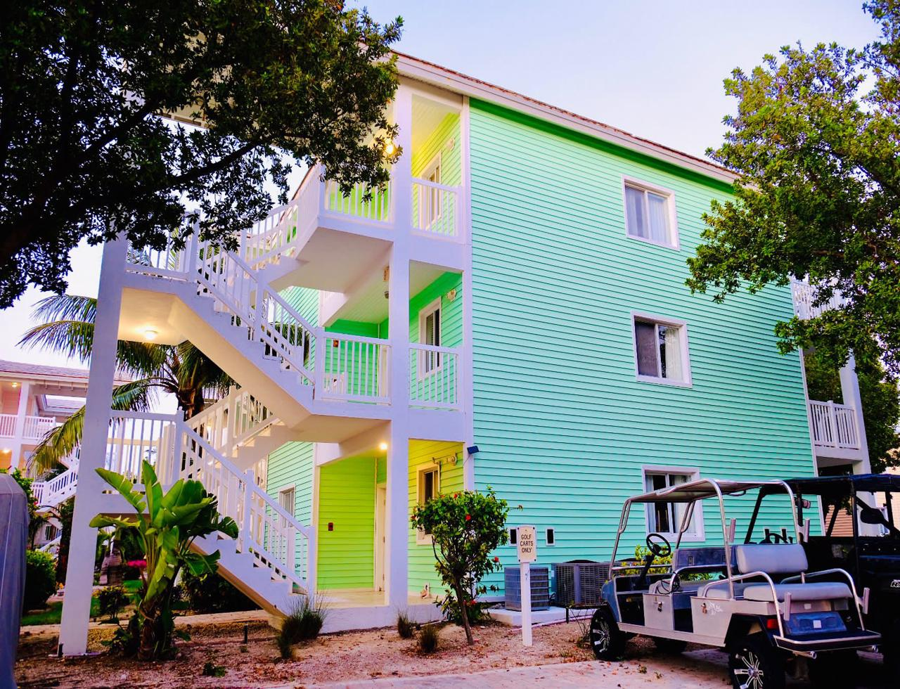 /listing-bimini-bay-condo-with-dockslip-for-sale-38119.html from Coldwell Banker Bahamas Real Estate