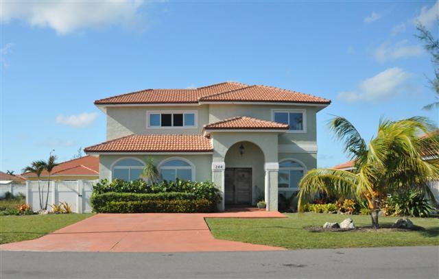 Bahamas Real Estate on Nassau For Sale  ID 3831