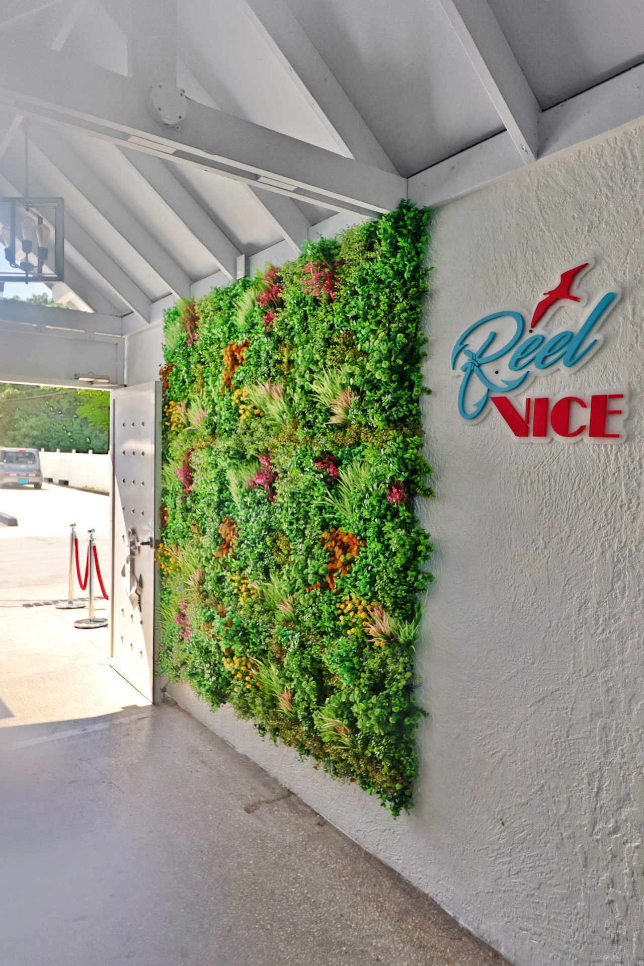 business-investment-alice-town-bimini-real-estate-4