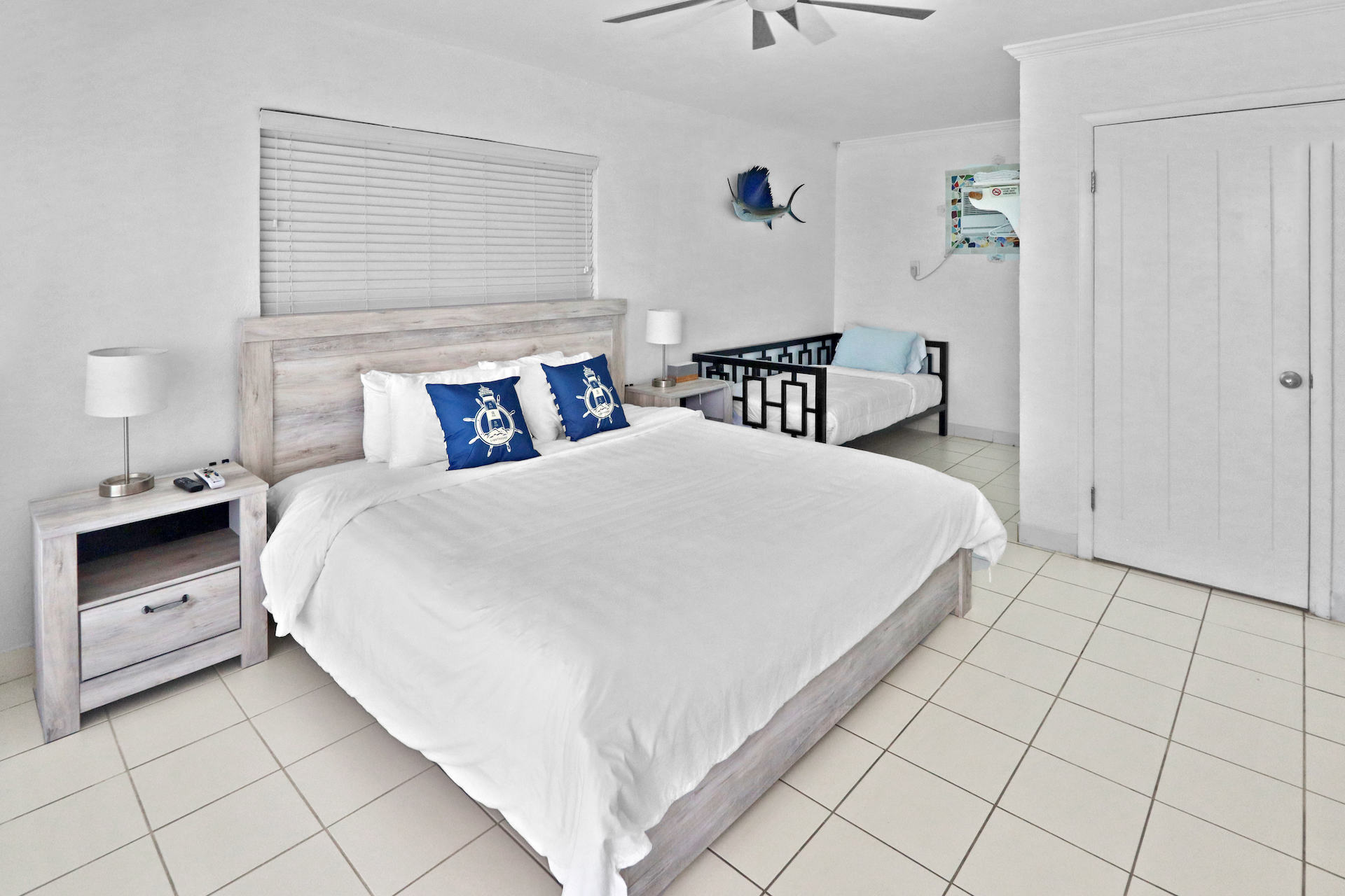 business-investment-alice-town-bimini-real-estate-14