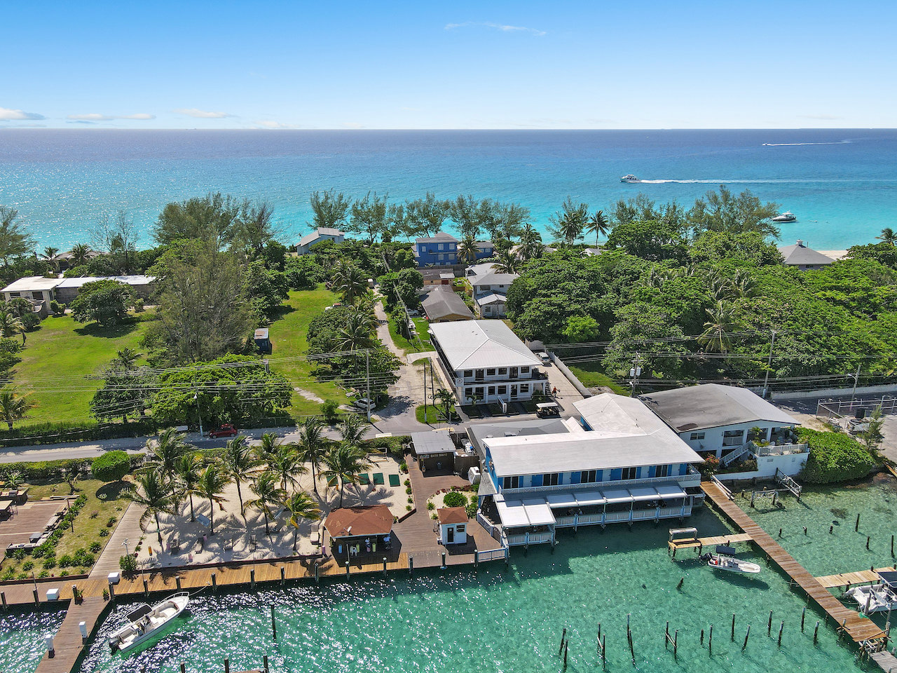 business-investment-alice-town-bimini-real-estate-19