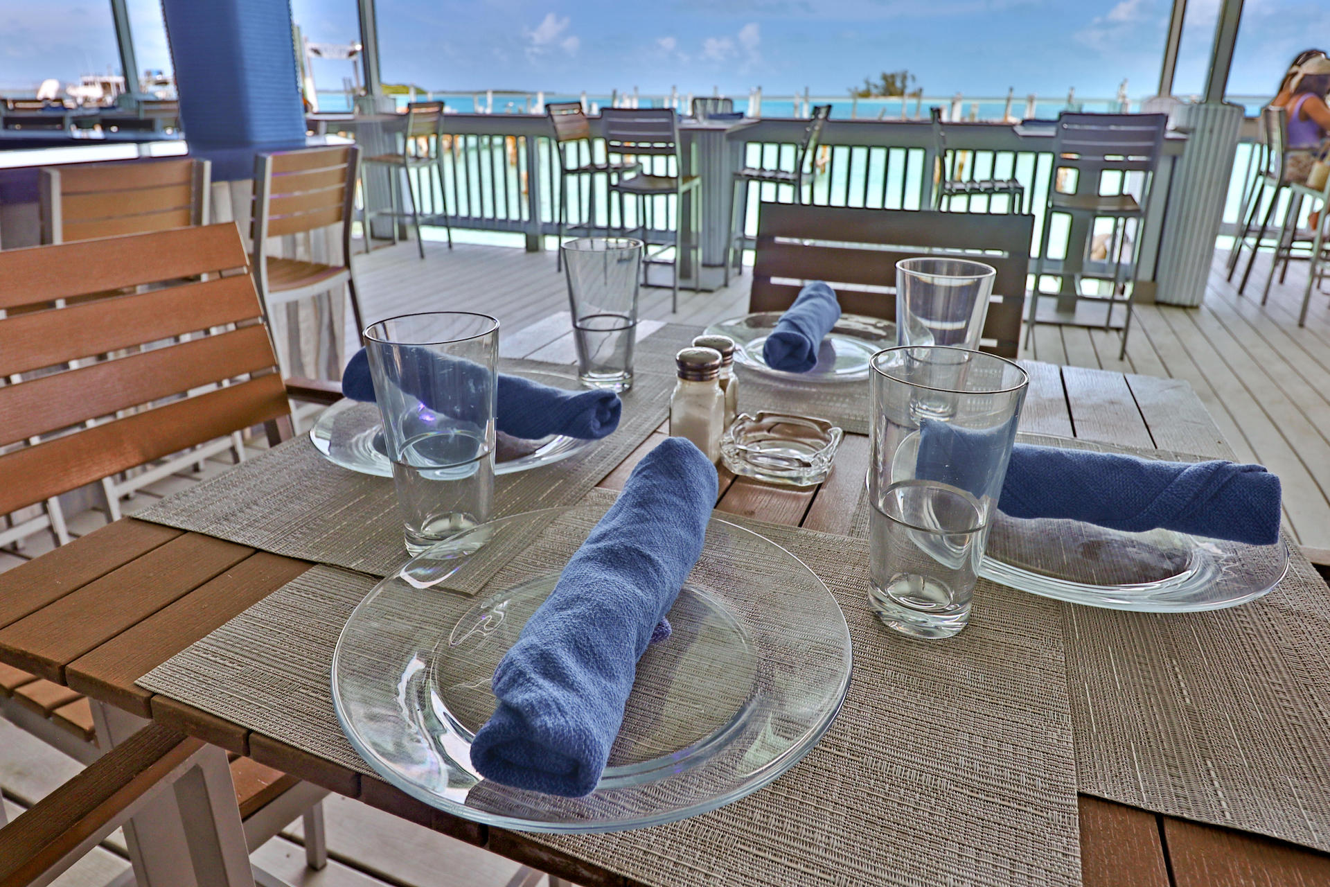 business-investment-alice-town-bimini-real-estate-7