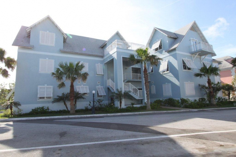 /listing-executive-condo-in-sandyport-3906.html from Coldwell Banker Bahamas Real Estate