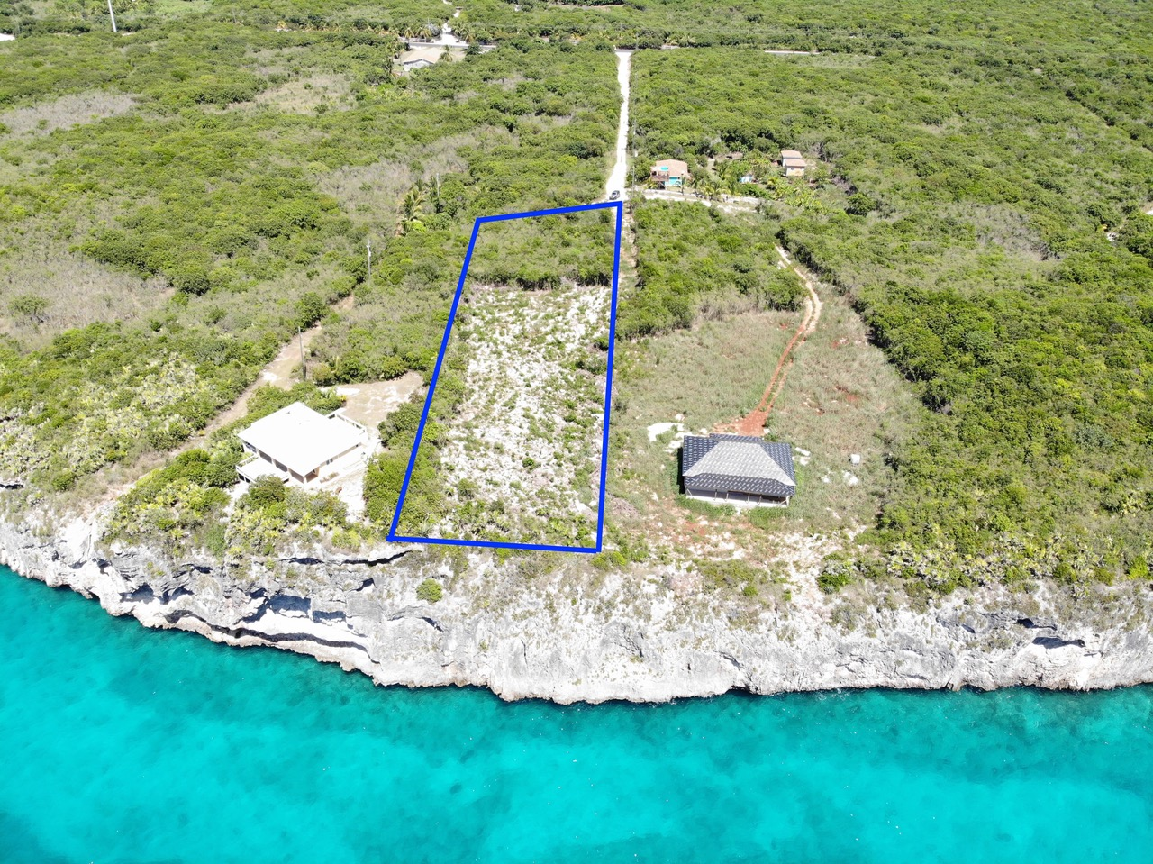 /listing-eleuthera-waterfront-acreage-for-sale-39197.html from Coldwell Banker Bahamas Real Estate