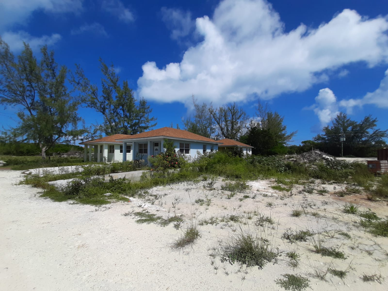 /listing-4-cottages-income-opportunity-39329.html from Coldwell Banker Bahamas Real Estate