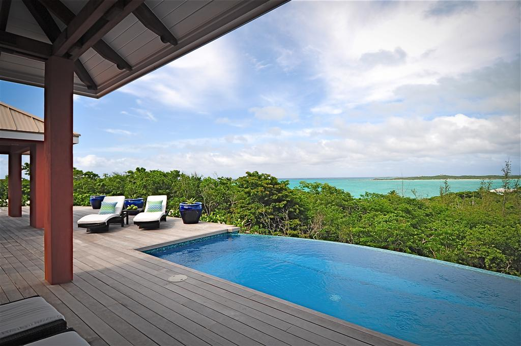 Luxury Bahamas Real Estate