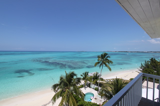 /listing-rented-carefree-beachfront-apartment-680.html from Coldwell Banker Bahamas Real Estate