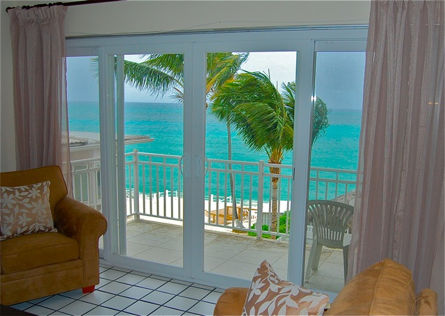 /listing-cable-beach-rental-9218.html from Coldwell Banker Bahamas Real Estate