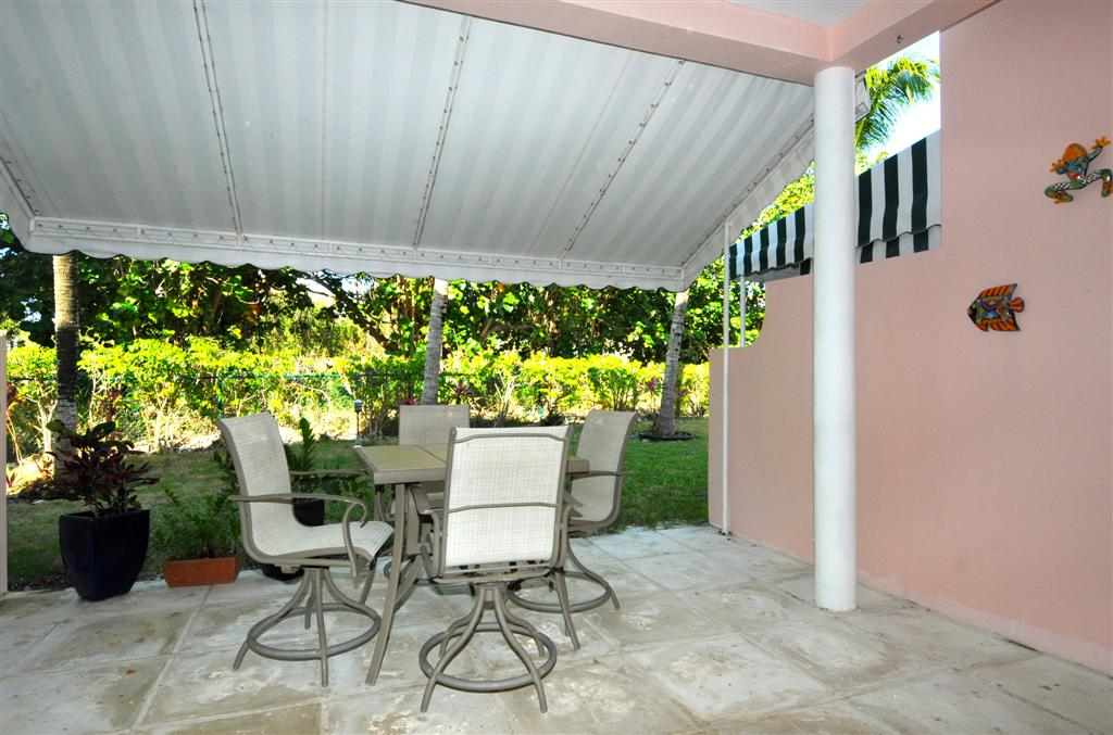 Nassau Gated Community Townhouse For Sale
