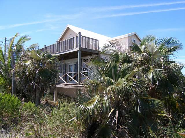 /listing-single-family-home-in-savannah-sound-26150.html from Coldwell Banker Bahamas Real Estate