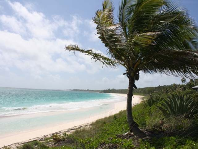 /listing-lots-acreage-in-governors-harbour-26135.html from Coldwell Banker Bahamas Real Estate