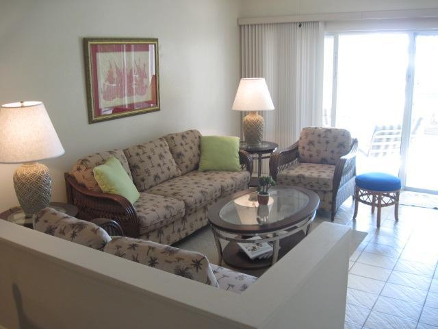 /listing-condo-in-paradise-island-27875.html from Coldwell Banker Bahamas Real Estate