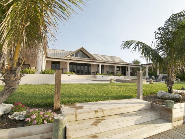 /listing-single-family-home-in-west-end-19510.html from Coldwell Banker Bahamas Real Estate
